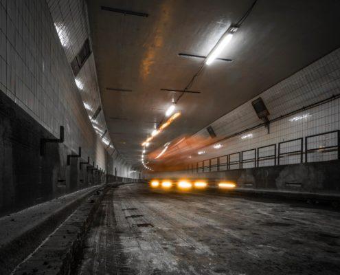 Maastunnel 2 foto van jeroen van dam